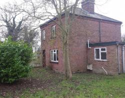 Residential Opportunity - Lingwood Crossing Cottage