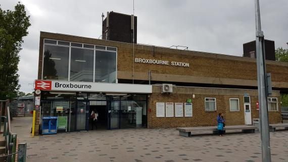 Picture of Broxbourne Station – Florist number 1